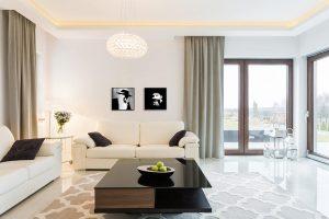 Rav Sonnenfeld nd Rav Kook in a modern interior
