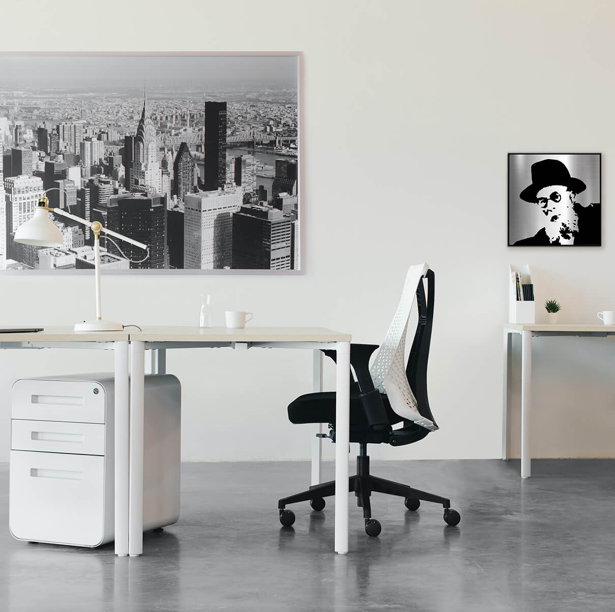 Chazon ish Jewish art i a modern office